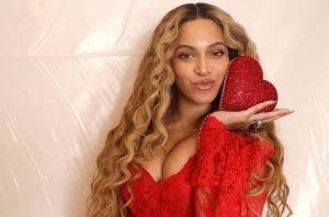 Découvrez 8 idées coiffure pour la St Valentin