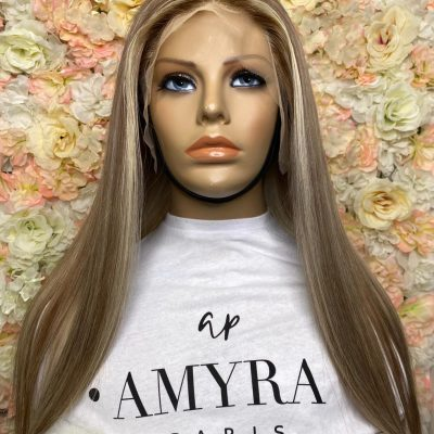 Sabrina – Perruque Lace Frontal Blond Méché
